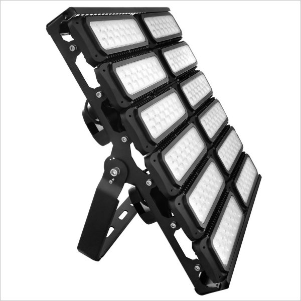 projecteur led industriel 900w cree pro hpo projecteur led industriel. Black Bedroom Furniture Sets. Home Design Ideas